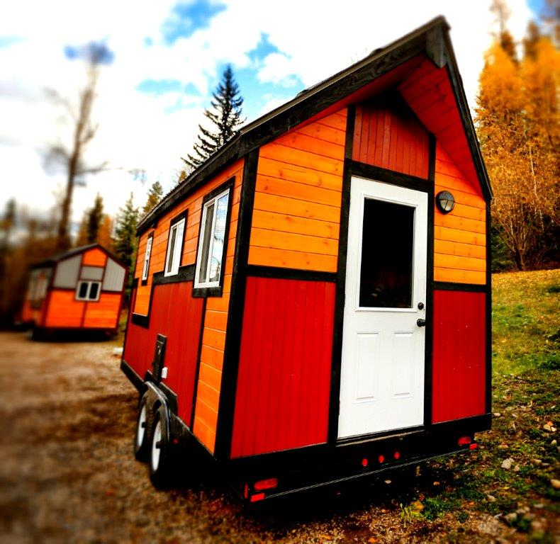 Lil Tiny Homes Inside Canadaus Most Famous Little House Tiny