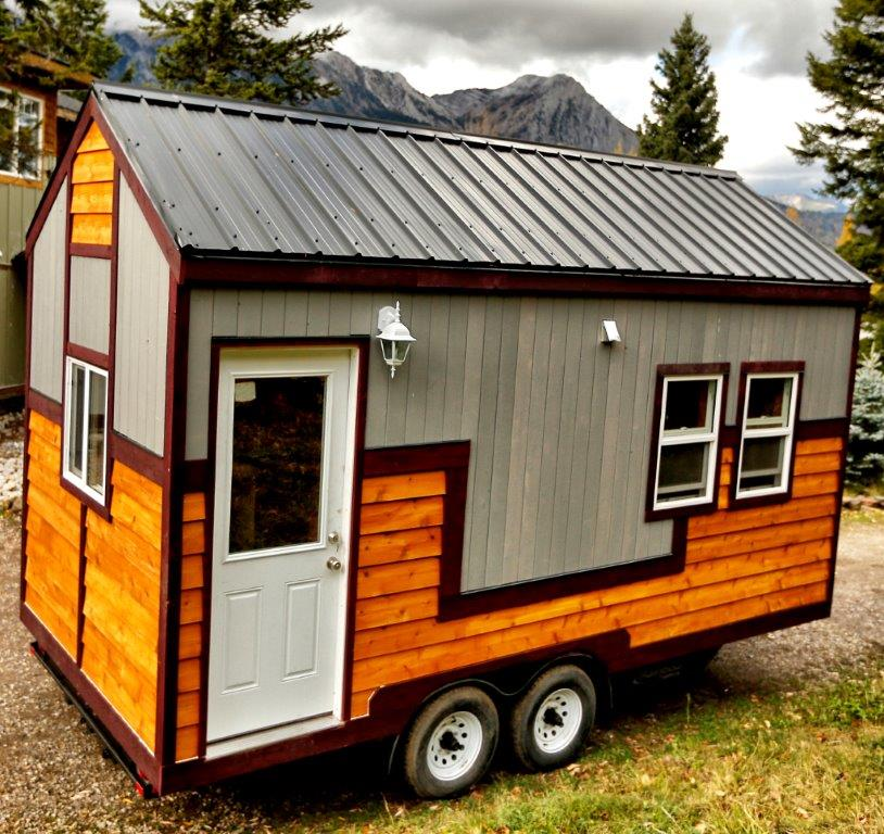 Hummingbird micro homes tiny homes made in fernie bc for Micro homes on wheels